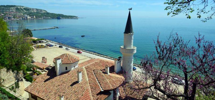 Подробные варианты эмиграции в Болгарию для россиян