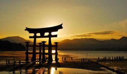 """""""Идем на Восток"""" – инструкция о том, как переехать в Японию"""